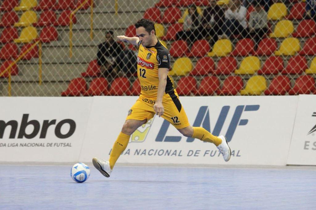 Homenageado pela LNF, Falcão relembra os nove títulos na Liga