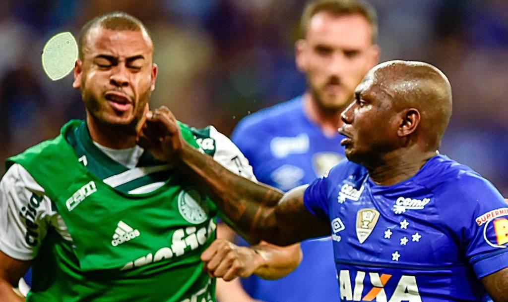 Sassá leva gancho de seis jogos por soco em Mayke e fica fora da final; Cruzeiro prepara efeito suspensivo