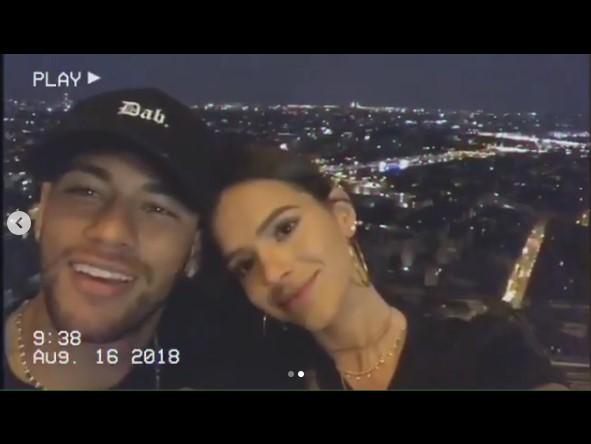 Indireta? Neymar posta versículo bíblico após fim com Bruna Marquezine