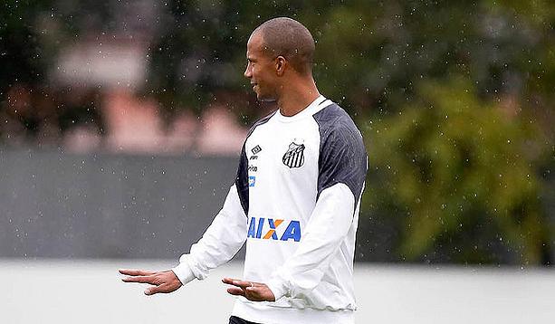 Santos aguarda liberação de Sánchez para clássico contra o Corinthians