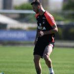 Léo Pereira destaca papel da defesa para Furacão buscar classificação