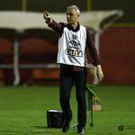 Tiago Nunes comemora 1ª vitória fora de casa do Atético-PR