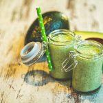 Como fazer uma vitamina de abacate cremosa e nutritiva