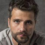 Público vê Gabriel como 'escorado' em O Sétimo Guardião e Bruno Gagliasso sai em defesa
