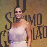 """Letícia Spiller relembra """"Xou da Xuxa"""" e faz desabafo sobre cobranças com sua beleza após virar símbolo sexual"""