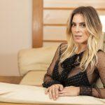 Carolina Dieckmann revela sufoco ao voltar para o Brasil: 'Dormi de conchinha a vida inteira'