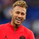 DJ apontada como affair de Neymar fica irritada com boato e toma atitude