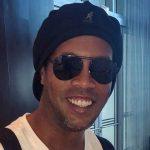 De viagem marcada, Ronaldinho Gaúcho tem passaporte apreendido