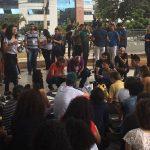 Alunos protestam e oposição apresenta projeto que amplia Passe Livre