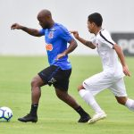 Boselli perde pênalti e Love dá vitória ao Corinthians em jogo-treino
