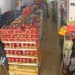 Vídeos mostram assalto em supermercado do DF