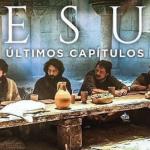 Triste, Jesus revela que será traído durante ceia com apóstolos e Judas deixa o local assustado