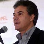 Justiça bloqueia até R$ 166 milhões de Beto Richa, esposa e filho