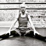 Vovô bailarino de 80 anos treina a semana toda: sonho de criança